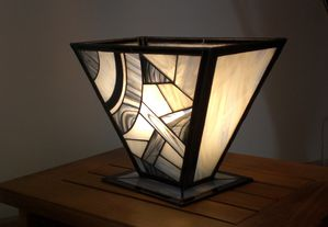 Lampe black and white