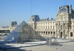 paris-louvre-pyramid.jpg
