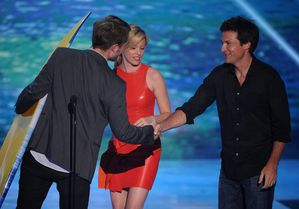 TCA 2011 - Rob winning Best Drama Actor 1