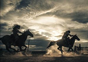 lone-ranger-action-sequence-sky