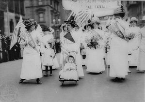 Feminist_Suffrage_Parade_in_New_York_City-_1912.jpg