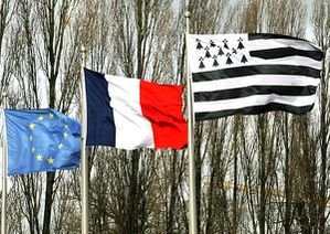 drapeaux-france-europe-breiz.jpg