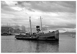 ushuaia22031802nb2.jpg