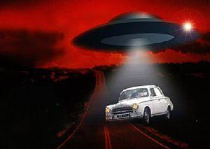 A-alien-ovni-en.jpg