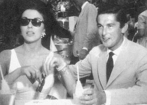 Robert Evans & Joan Collins
