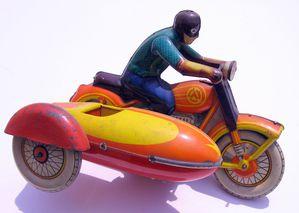 Maquettes-et-modeles-reduits-motos 4292