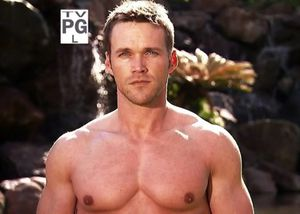 Chris-Powell-in-Extreme-Makeover-Weight-Loss-Edition-01.jpg