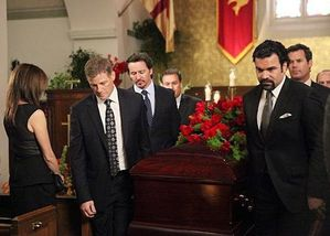desperate-housewives-funeral_600x429.jpg