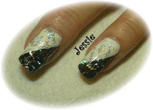 blog.vernis-Noir-et-Blanc-paillettes-batons-detail.jpg