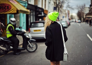 the-fold-beanie-neon-neff-street.png