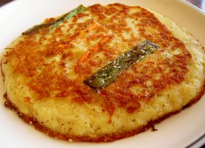Korean_pancake-Bindaetteok-04.jpg