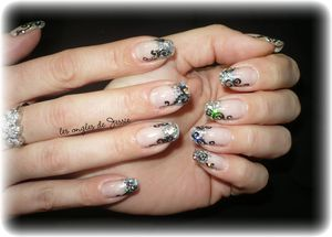 blog.French-paillettes-holo3.jpg