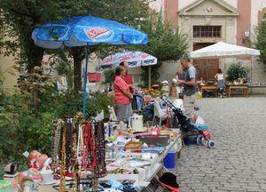 Ortsflohmarkt 04 Vitusschulhof 01a