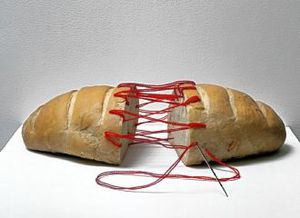 bread_sculpture_330.jpg