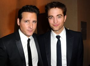 Peter Facinelli & Robert Pattinson - After Party G-copie-1