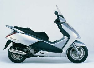 20120624_scooter_honda_pantheon.jpg