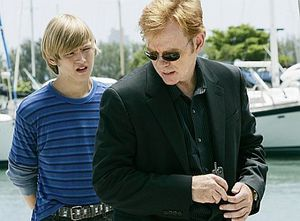 csi-miami-dangerous_son_1191023561.jpg