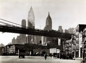Berenice-Abbott---Waterfront--South-Street--October-25th--1.jpg