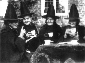4 old witches