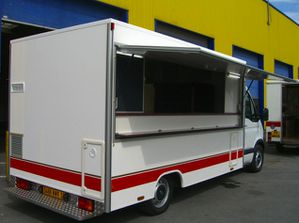 Camion-magasin-Le-captologue-2.jpg