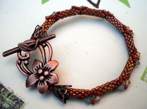 BRACELET-TRY-TO-BE-A-SQUARE.jpg