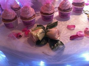 Cup-cakes-wedding-cakes 2280 moyenne