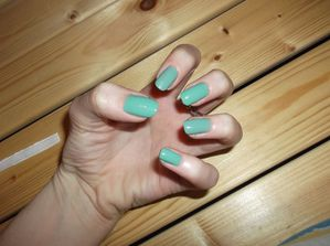 OPI Mermaid's tear (4)
