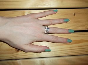 OPI-Mermaid-s-tear--5-.JPG