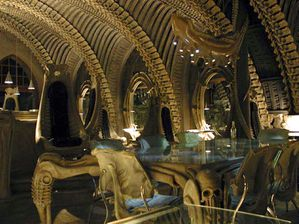 hr-giger-bar-2.jpg