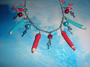 collier-crayons-1.JPG