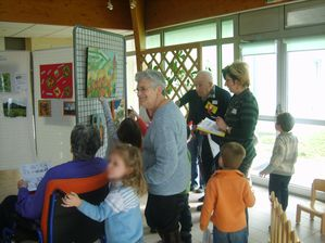 VISITE EXPO- RENCONTRE INTERGENERATIONNELLES 2010 (3)