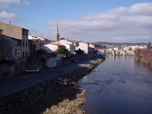 berges-rivieres-ponts-limoux-france-