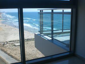 okeanos herzliya marina balcony