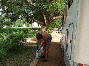 6 511 filtrage eau Nil camp Khartoum
