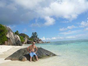 Seychelles Keti 2-3 014 Vista Web grande