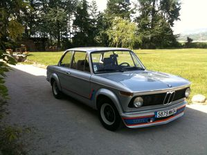 BMW 2002-copie-1
