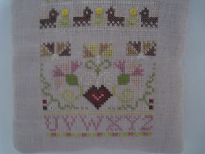 BRODERIE 044