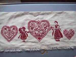 broderie Alsace rouge