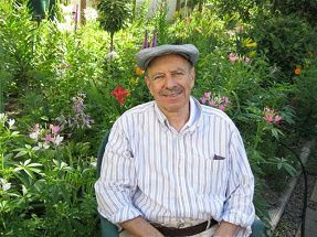 jim in garden - july 14 2001 - 2%20(Small)