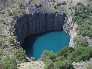 big-hole-kimberley.jpg
