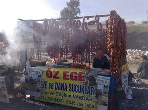Sucuk-au-festival-des-chameaux.jpg