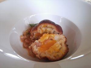 Auberge Foret - crevettes grises et oeuf cocotte ouvert