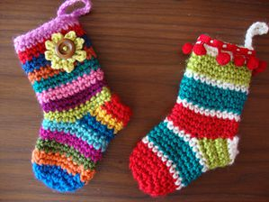 Christmas-socks-pattern1.jpg