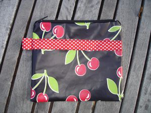 Cherries n°6 17x15 cm recto