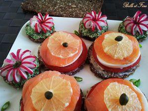Mille-feuilles-saumon-tomate-oeuf-sur-vollkornbrot1.jpg