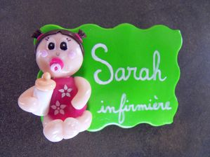 Badge fimo petite fille aux couettes SARAH