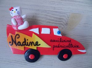 Badge fimo kity et voiture flash NADINE