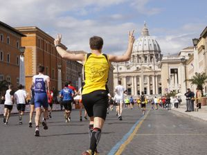 Maratona di Roma Acea 2013 (19^ ed.). Si svolger regolarmente, come previsto, il 17 marzo 2013