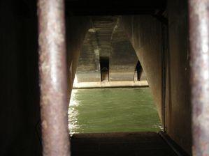 Sous-le-fleuve.JPG