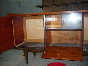 la restauration d 39 un buffet ann es 60 l 39 atelier d 39 b nisterie mon meuble a moi. Black Bedroom Furniture Sets. Home Design Ideas